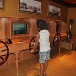 No Disney's Oceaneer Lab crianças até 12 anos podem ter a experiência de navegar em alto mar