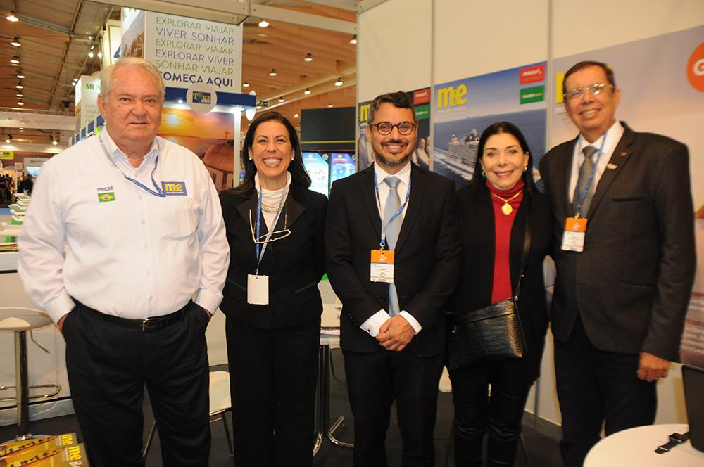 Roy Taylor, do M&E, Gisele Lima, da Promo, e Fausto Franco, Regina Ahmed e Benedito Braga, da Bahia