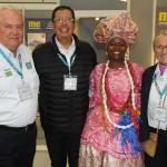 Roy Taylor e Rosa Masgrau, do M&E, com Benedito Braga e Marli Trindade, da Bahia