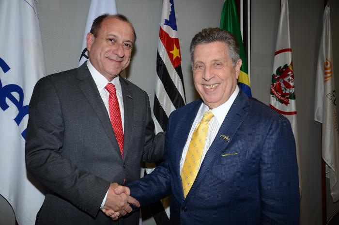 Toni Sando, Presidente Executivo e Raul Souza Sulzbacher, novo Presidente do Conselho Administrativo da SPCVB
