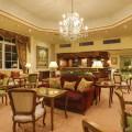 Olissippo Lapa Palace figura entre os hotéis cinco estrelas recomendados pela Forbes; fotos