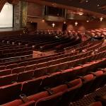 Walt Disney Theatre, onde acontecem as apresentações dos shows exclusivos do navio