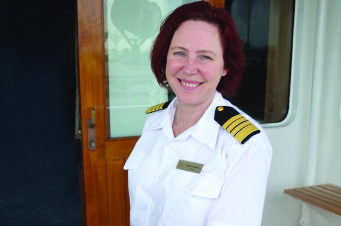 A capitã marca a história da indústria ao assumir o posto no novo e luxuoso Seven Seas Splendor a partir de fevereiro de 2020