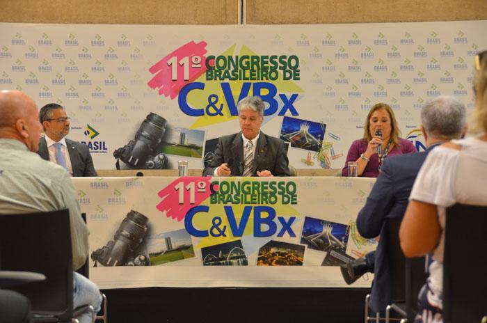 Congresso Brasileiro reúne especialistas ligados ao turismo na sede da CNM