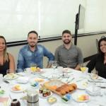 Daiana Alves Moreira, da Abracorp, Tiago Luiz e Vinicius Cavalcante, da Kontik, e Sara Millanez, da Shop Eventos