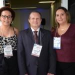 Gisa Costa, da Travel Time, com Luciano Gerlin e Thaisa Silva, da Luciano Turismo