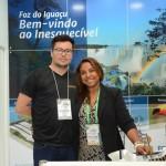 Jonathan Tavares, da Dreamland, e Nermari Cristhine, da Setur Foz do Iguaçu