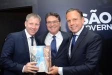 Líder no estado: Azul chega a 12 aeroportos e 231 decolagens em São Paulo
