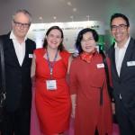 Juliana Aranega, da Imaginadora, entre Ricardo Ferreira, Elizabeth Wada e Gustavo Syllos, membros do Advisory Board da WTM-LA