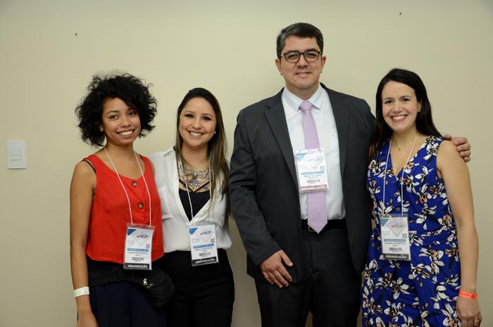 Luana Matsumoto, Kelly Castange, Juliana da Assumpção e Marcos Lucas, da Aviesp