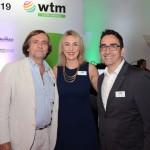 Luciane Leite, da WTM-LA, entre Jean Phillip Pérol, e Gustavo Syllos