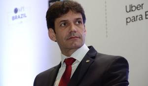 """""""Estamos trabalhando para eliminar a cobrança do Ecad em quartos de hotéis"""", diz ministro"""