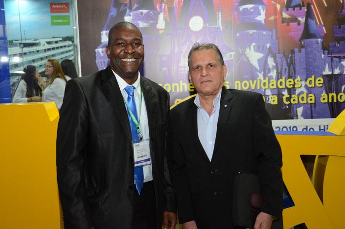 Raul Gonzalez e Mariano Fernandez Arias, do Turismo de Cuba