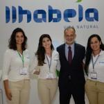 Ricardo Fazzini, secretário de Turismo de Ilhabela, mariana Sampaio, Daniela Martins e Bárbara Frederico, de Ilhabela