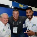 Roy Taylor, do M&E, Claiton Feijo, da Assist Card, e Juliano Braga, do M&E