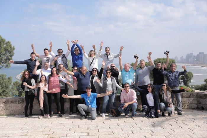 Vencedores do Club Latam durante a viagem em Israel
