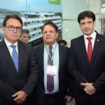 Vinicius Lummertz, secretário de Turismo de São Paulo, Airton Abreu, dos Lençois Maranheneses, e Marcelo Álvaro Antônio, ministro do Turismo