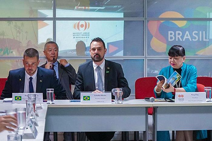 Ministério do Turismo e a Embratur recebem comitiva do evento para fortalecimento com a China e crescimento da indústria do turismo do País