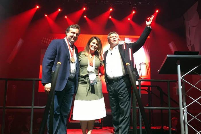 Guilherme Martini, COO da Atlantica Hotels, Raphaela Zanatta, Curadora do Red Campinas e Ken Greene, presidente do Radisson Hotel Group nas Américas