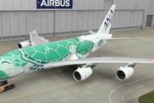 Airbus revela 2° A380 da All Nippon Airways também com pintura especial
