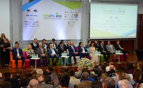 Conotel/Equipotel 2019 reúne autoridades durante abertura em Goiânia; fotos