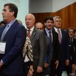 Autoridades presentes na abertura do Conotel 2019 durante o hino nacional