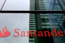 Santander lança seguro viagem 100% digital