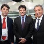 Fabrício Amaral, presidente da Goiás Turismo, Marcelo Álvaro Antônio, ministro do Turismo, e Alexandre Sampaio, presidente da FBHA