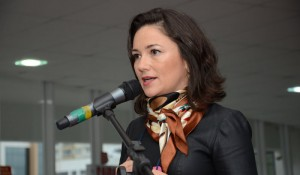 Flavia Didomenico deixa Santur após um ano e três meses