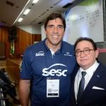 Giovane Gavio, do Sesc e ex jogador de vôlei da Seleção Brasileira, e Manoel Linhares, presidente da ABIH Nacional