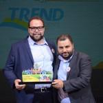 Leandro Alonso e Daniel Firmino, da Flytour MMT Viagens, receberam o prêmio na categoria Operadoras