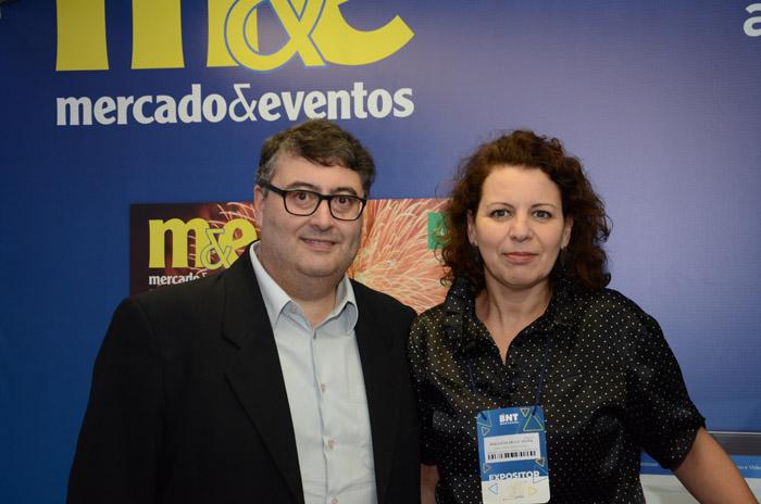 Luiz Carlos Pinheiro, executivo de Turismo de Lajes, e Ana Vieira, assessora da Amures