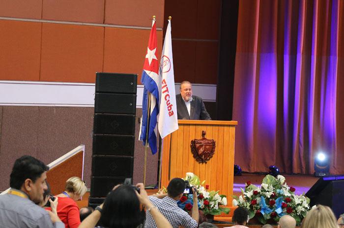 Manuel Marrero Cruz, Ministro do Turismo de Cuba