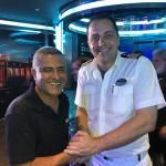 Marco Cardoso, da MSC Brasil, com o diretor de hotel do MSC Seaside, Yannis Kazalis