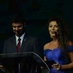 Mestres de cerimônia anunciaram os Campeões de Vendas