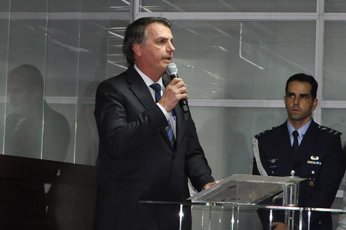 Presidente Jair Bolsonaro exaltou o novo presidente da Embratur