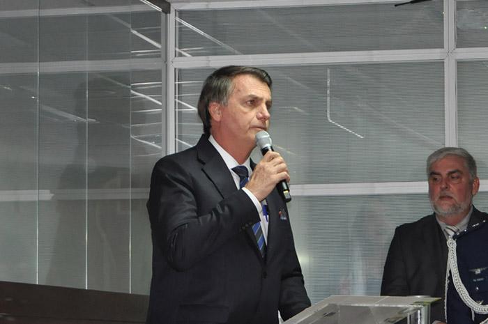 Presidente Jair Bolsonaro parabeniza Gilson Machado
