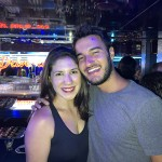 Renata Corbo, da MSC, e o influencidor digital Caio Ramon, o Caio Travels