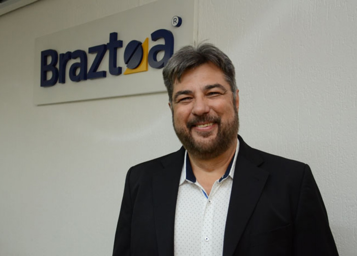 De perfil técnico, Roberto Nedelciu vira protagonista de uma Braztoa sólida e segura