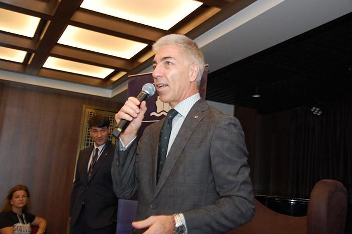 Roberto Fusaro também falou aos agentes de viagens