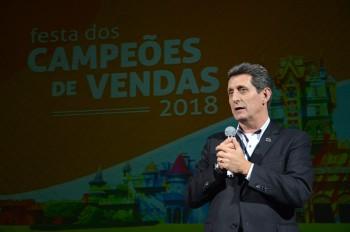 Festa dos Campeões de Vendas do Beto Carrero tem 70 premiados; veja fotos