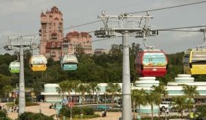 Disney anuncia detalhes do Skyliner e reservas para Castelo da Cinderela