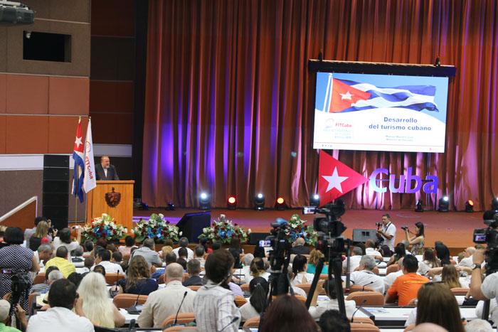 Solenidade de abertura da 39ª Fit Cuba