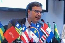 """""""Turismo é fator fundamental de desenvolvimento"""", diz novo presidente da Embratur"""