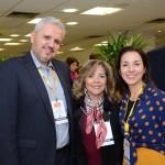Ana Luísa, do Centro de Convenções Rebouças, entre Daiana Moura e Marcelo Baranowsky, da Evento Facil