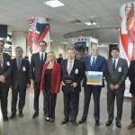 Autoridades reunidas no lançamento do voo para Cancún