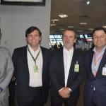 Bruno Ferreira, Juan Djedjeian e Roberto de Oliveira, da Inframerica, com Randall Saenz, da Gol