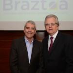 Celo Garcia, da Braztoa, e Edmar Bull, da Copastur