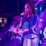 Encontro contou com show da cantora Luciana Mello