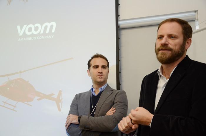 Felipe Fonseca, diretor de desenvolvimento de negócios da Voom An Airbus Company, e Luciano Guimarães, diretor geral da Rexturadvance